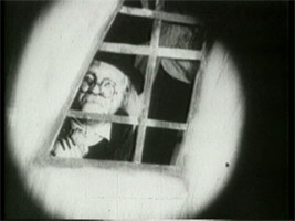 dr-caligari-peeking